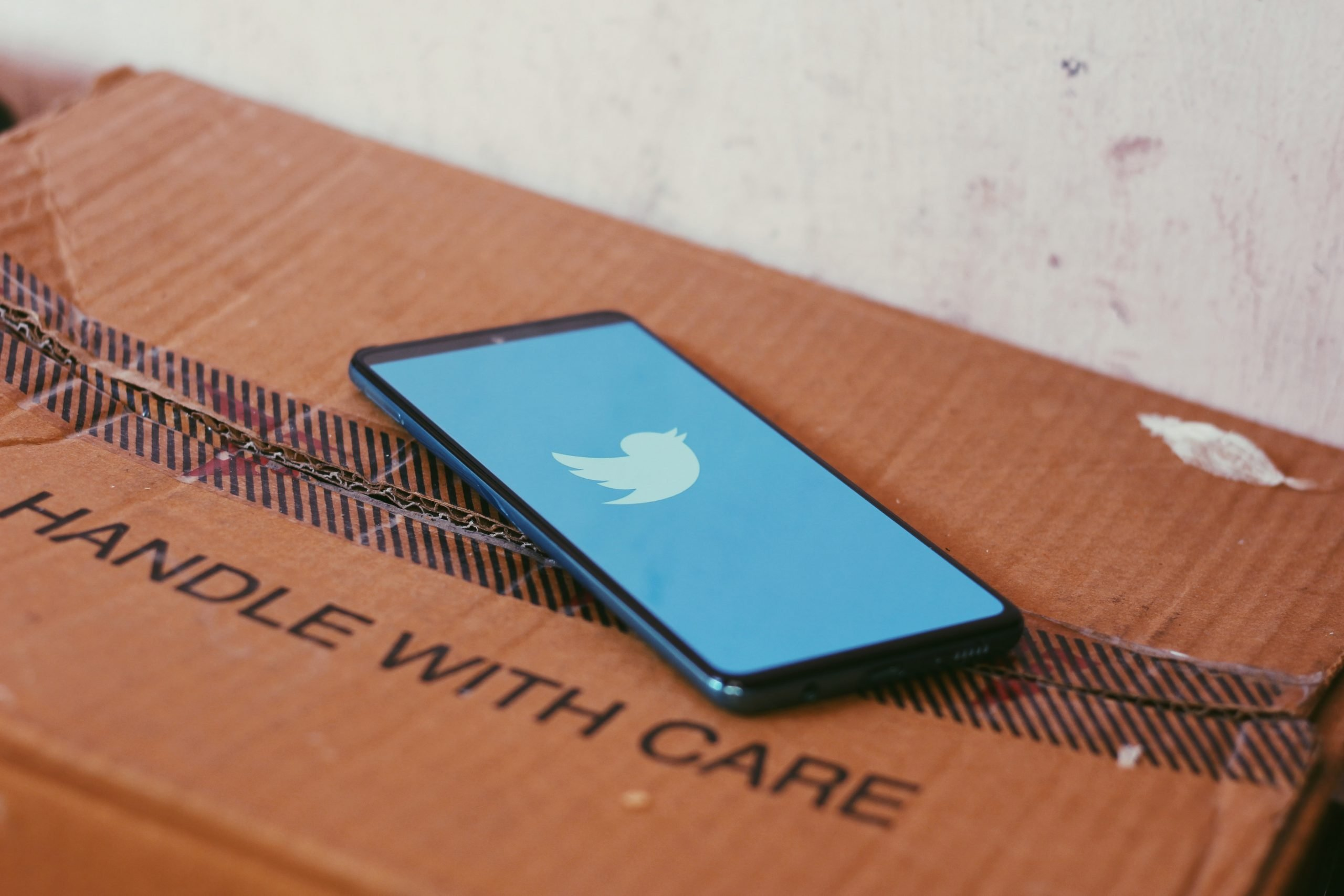 Social Media handle with care